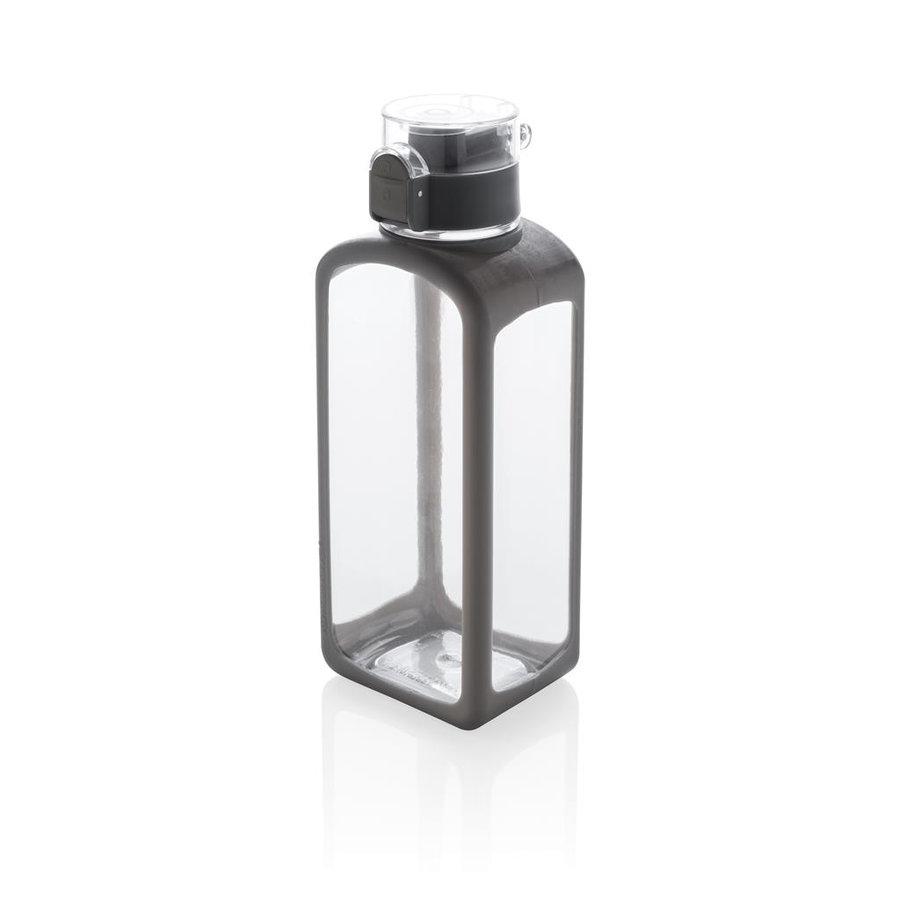 Čirá láhev XD Design - objem 0,6 l